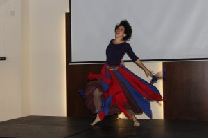 Actuación de Vianna Asencio,