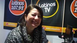 Isabel Barrajó de CC.OO en los estudios de Latinos FM.